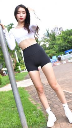 黑色紧身短裤高清原图(229P)[5.47G/JPG]