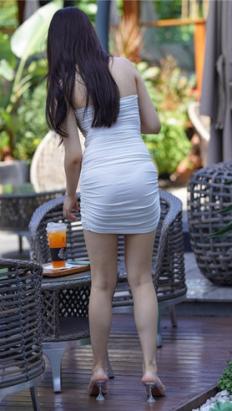 (套图)白裙女孩 (631P)[6.32G/JPG]