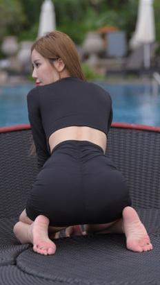(套图二)黑色包臀裙美女(320P)[6.7G/JPG]