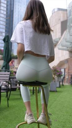 (套图一)极品瑜伽紧身裤美女(480P)[10.25G/JPG]